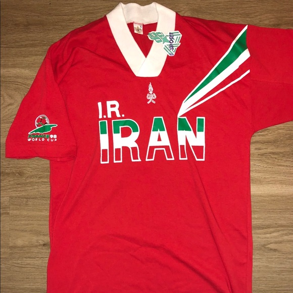 the latest 0058a 81209 Iran 🇮🇷 national football shirt with tags 1998.